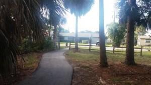Haverhill Park path to neighborhood