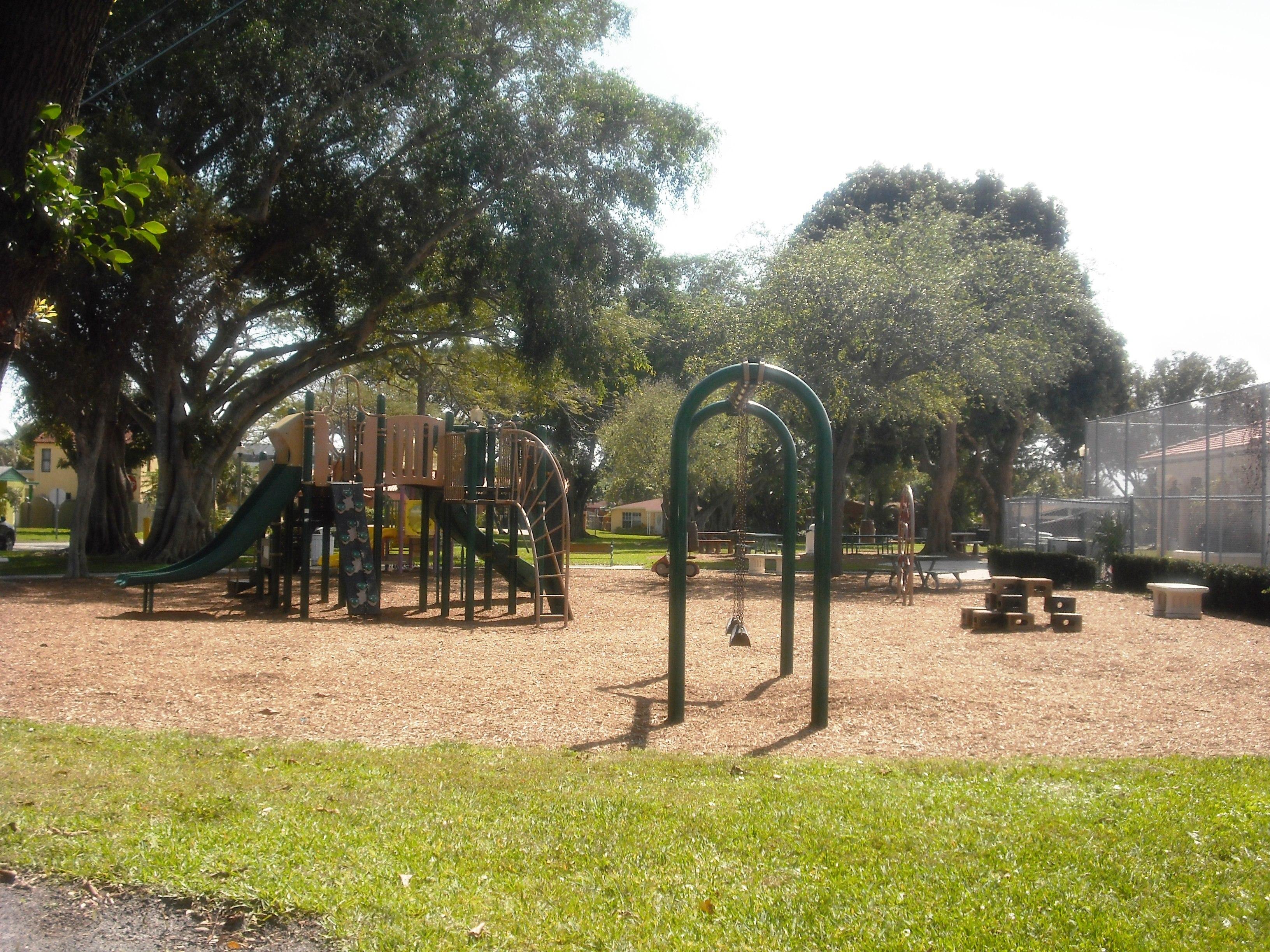 Vedado Park 2-20-2013 022