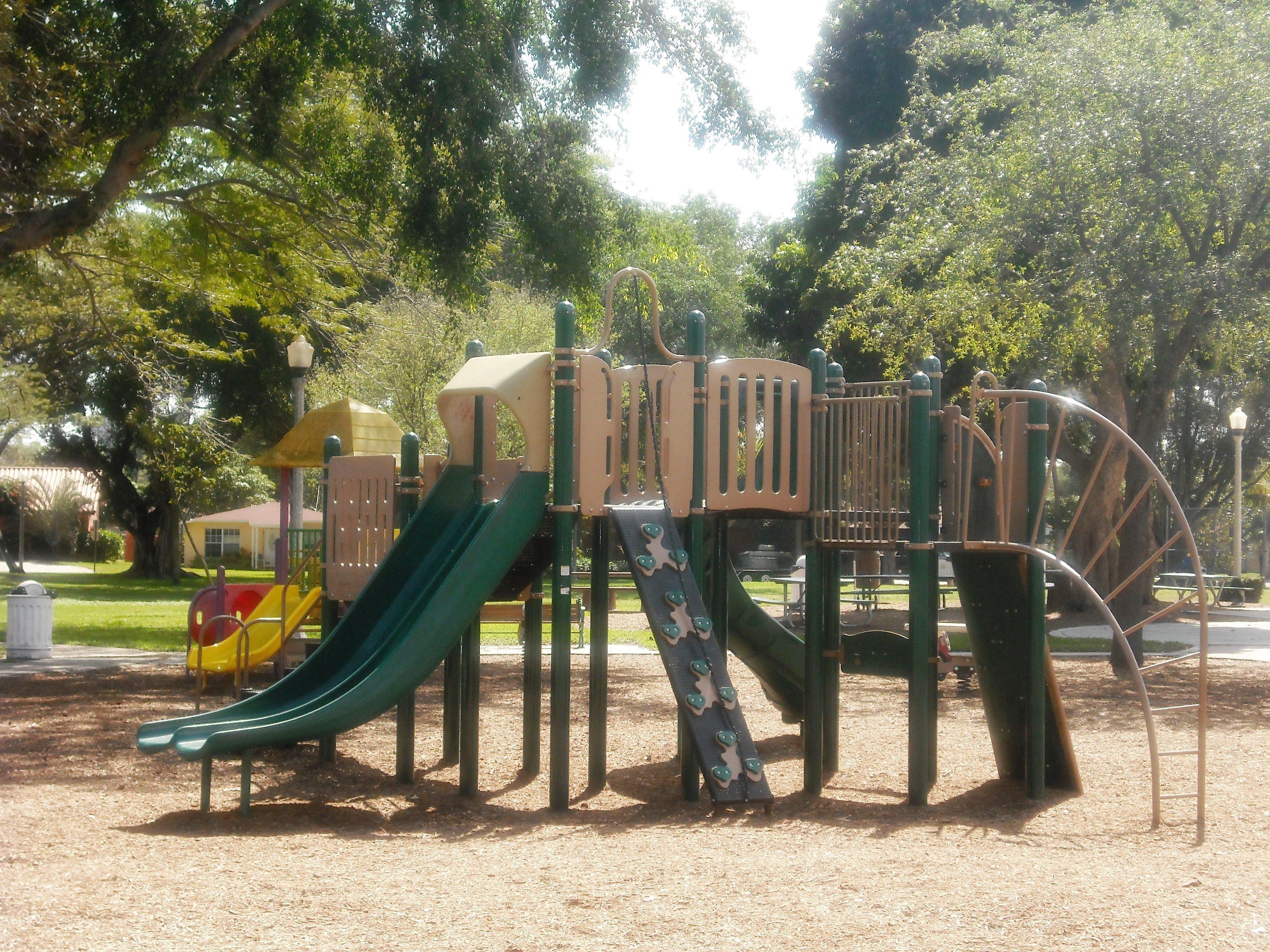 Vedado Park 2-20-2013 024