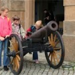kids with cannon