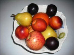 Bowl of fresh fruits 001