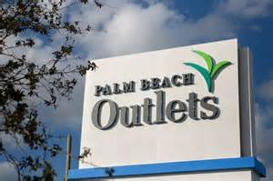 Palm Beach Outlets street sign