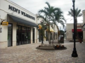 Palm Beach Outlets mall 005