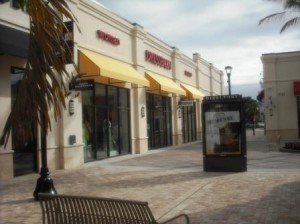 Palm Beach Outlets mall 006