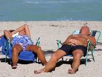 seniors at the beach