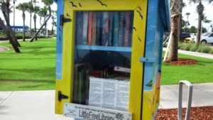 lake-worth-beach-little-free-library