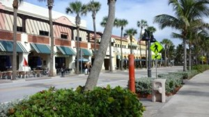 lake-worth-beach-shoppes