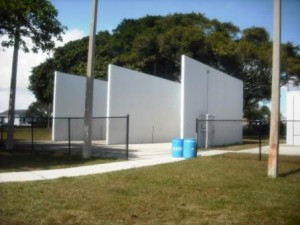 Phipps Park WPB Racquetball Courts