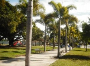 Phipps Park WPB paved walkway