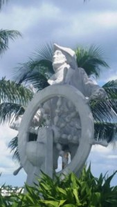 phil-foster-park-sailman-navigator-statue