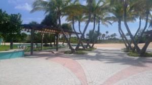riviera-beach-municipal-beach-courtyard