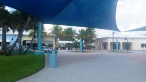 riviera-beach-municipal-beach-covered-courtyard