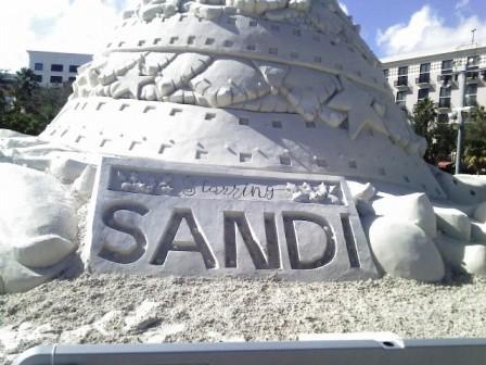 sandi-sand-holiday-tree-2016