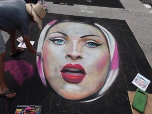 Finishing touches LW Street Painting Festival-640x480